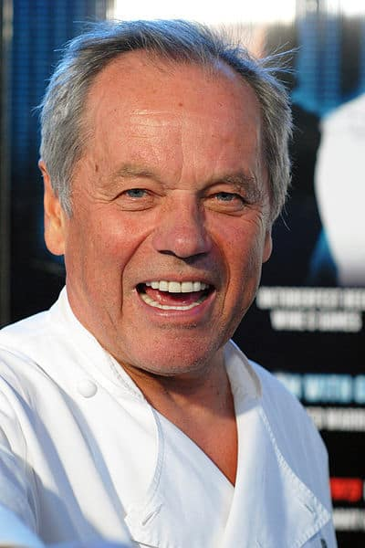 Wolfgang Puck Tips on Alfredo Sauce