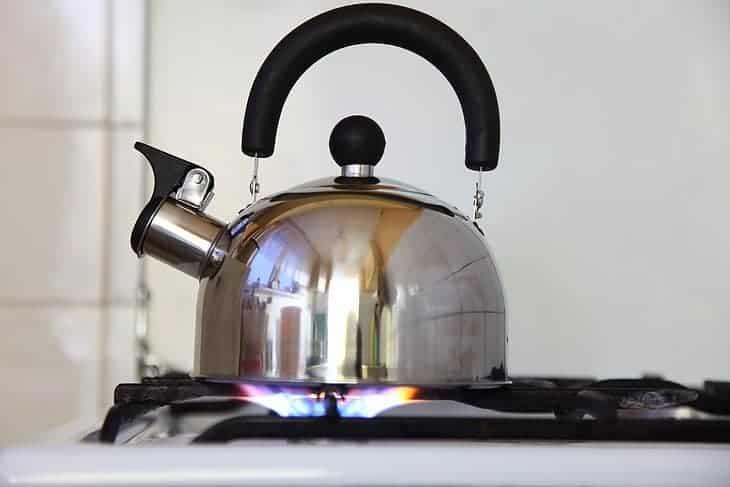 advantage of having a tea kettle