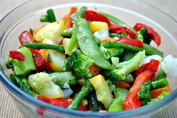 best-japanese-rice-cooker-steam-vegetable
