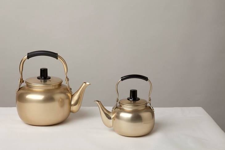 best-whistling-tea-kettle-size