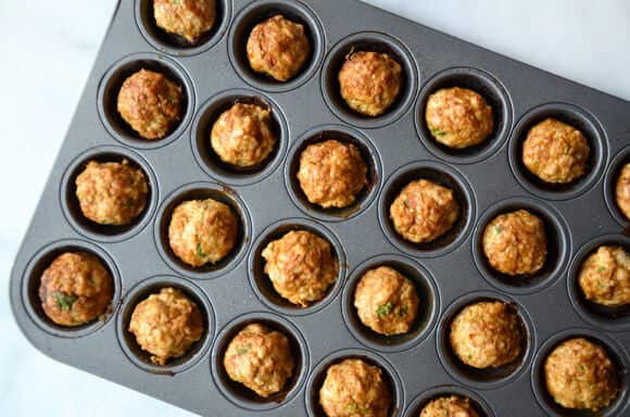 how-to-cook-meatballs-baking-tray