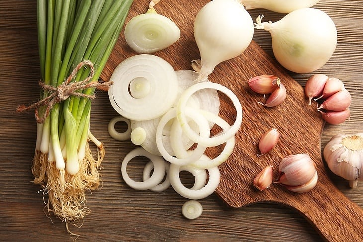 how-to-cook-meatballs-onion-garlic