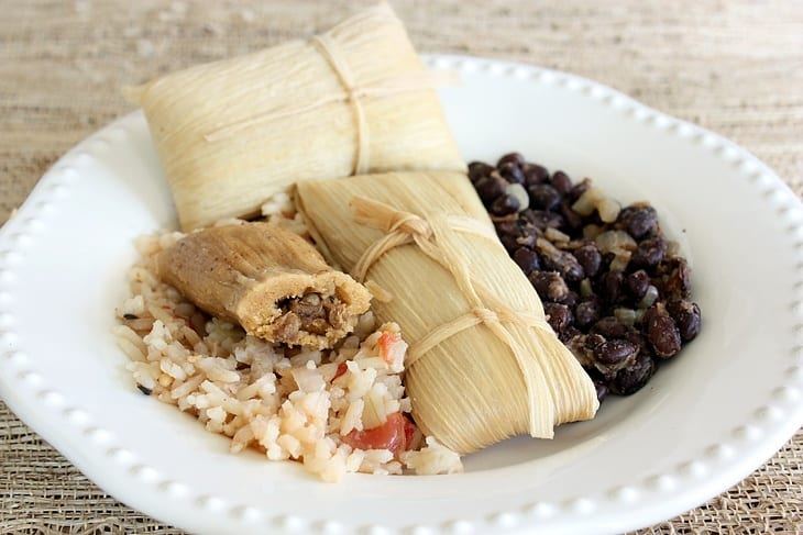 how-to-serve-tamales-matching-sides