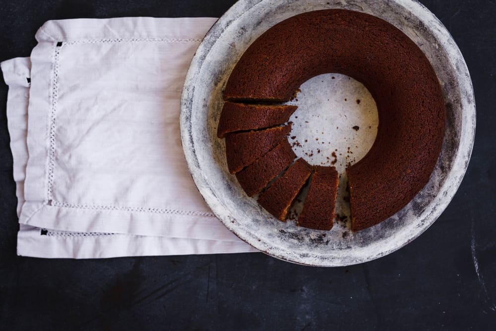 how-to-get-cake-out-of-bundt-pan-8